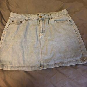Plus size light wash skirt